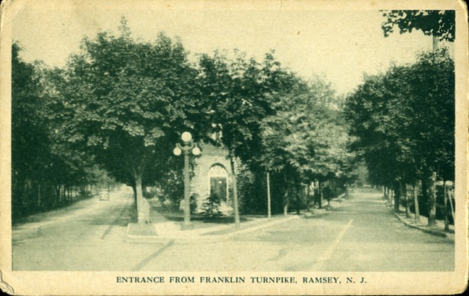 Entrance from Franklin Turnpike